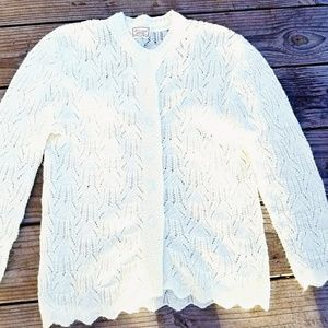 Vintage 50's Knit Cream Cardigan w/ Scalloped Hem